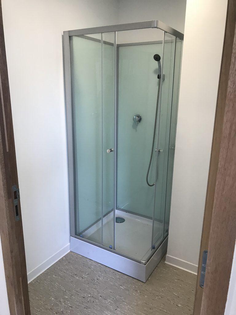 douche installation